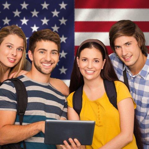 ROK ČI POLROK NA STREDNEJ V USA OD SEPTEMBRA 2018?