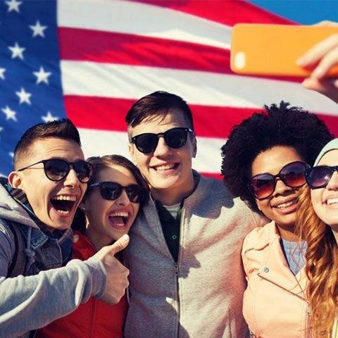 ROK ČI POLROK NA STREDNEJ V USA OD SEPTEMBRA 2020?