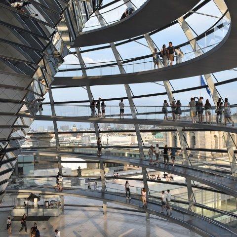 Stredná škola v Nemecku - rozumná investícia