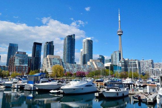 Kanada - Štátne stredné školy v Toronte