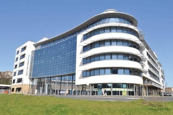 Stredná škola East Sussex College